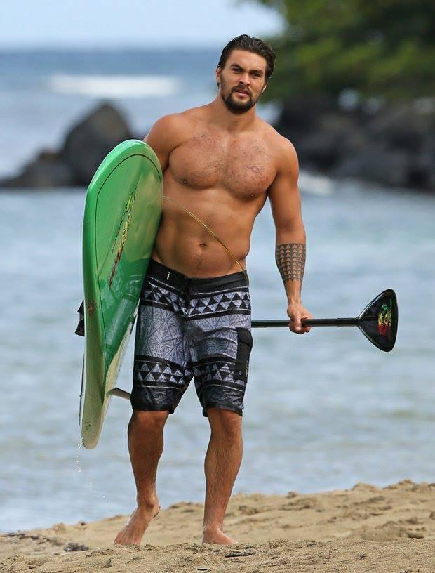 Jason Momoa takes a vacation in Hawaii